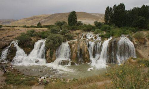 TURCJA / wschodnia Turcja / okolice jeziora Van / ...w drodze nad jezioro Van