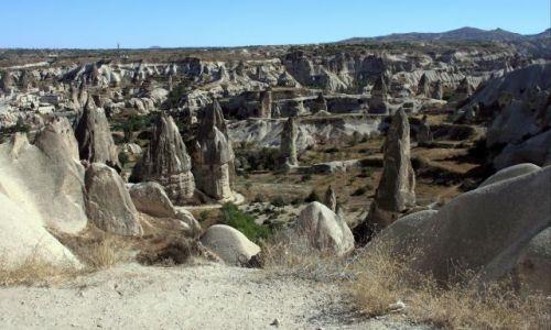 Zdjecie TURCJA / Wyżyna   Anatolijska / KAPADOKYA / krajobraz w Kapadocji