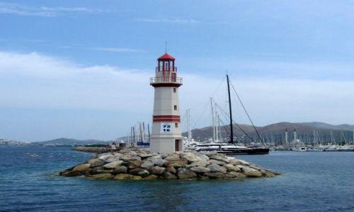 Zdjęcie TURCJA / Bodrum / Bodrum / latarnia morska
