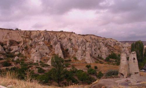 Zdjęcie TURCJA / Anatolia Turecka / Kapadocja / pospacerować wśród skał...