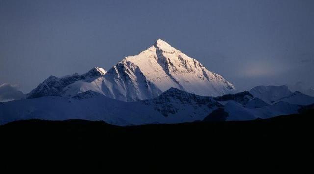 Zdj�cia: Na p�noc od masywu Mount Everestu, Tybet , Mount Everest, TYBET