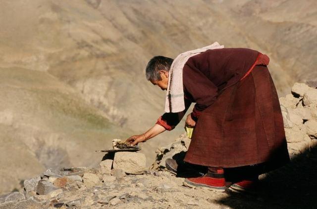 Zdj�cia: Wioska Sasuma, Tybet , Ofiara, TYBET