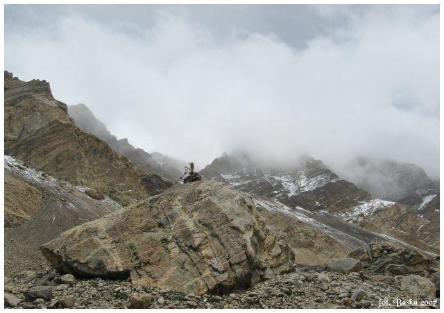 Zdj�cia: Base camp, Himalaje, Szczyty w chmurach, TYBET