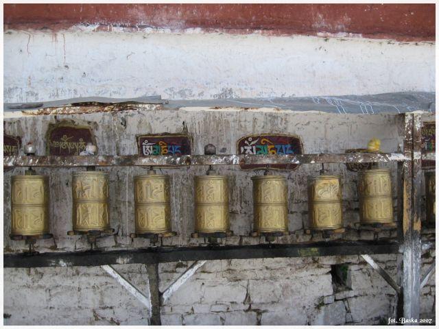 Zdjęcia: Lhasa - Potala, Tybet, Młynki modlitewne, TYBET