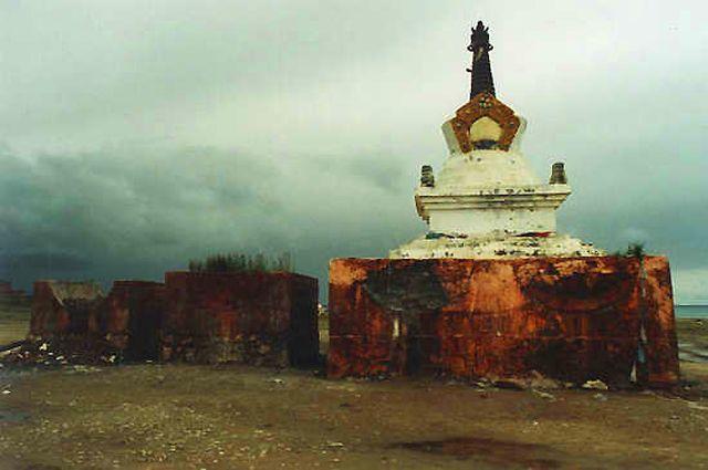 Zdjęcia: w drodze do Lhasy, Opuszczona stupa, TYBET
