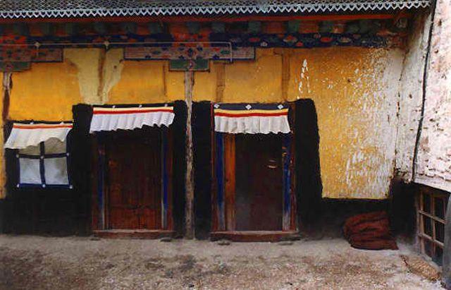 Zdj�cia: Lhasa, zabudowania �wi�tyni Sera, TYBET