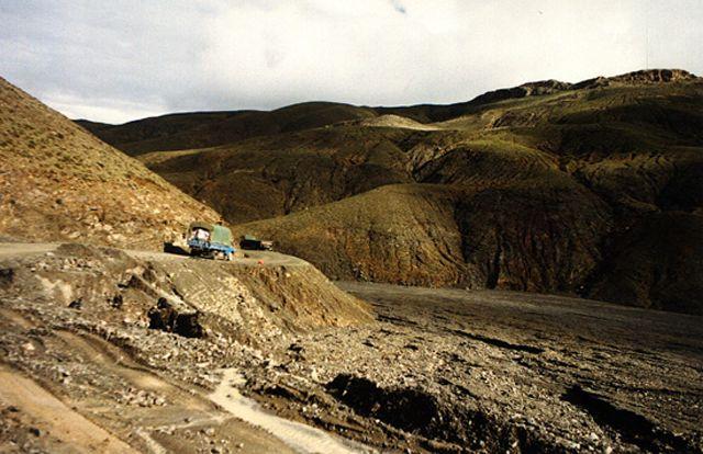 Zdjęcia: droga do Nepalu, himalajskie przełęcze, TYBET