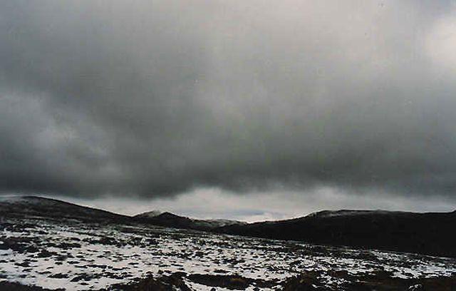 Zdjęcia: w drodze do Nepalu, gdyby nie chmury, zobaczyłbym Everest..., TYBET