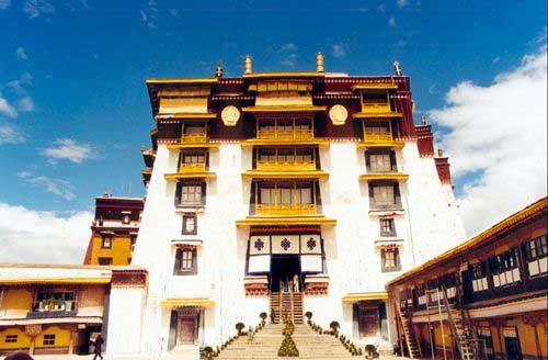 Zdj�cia: Lhasa, Tybet Po�udniowy, Wej�cie do pa�acu Potala, TYBET