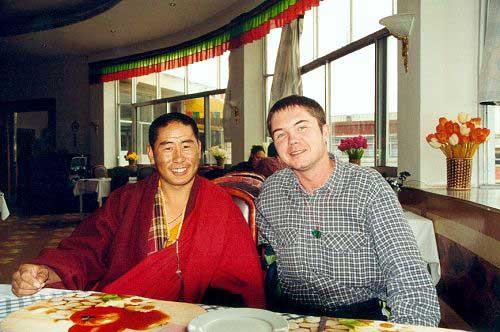 Zdjęcia: Lhasa, Tybet południowy, Polak, Tybetańczyk... dwa bratanki, TYBET