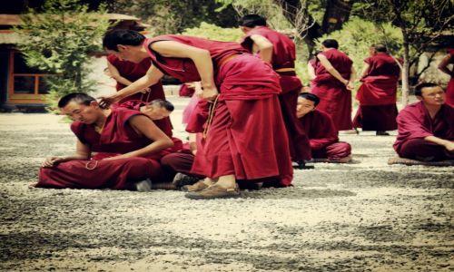 Zdjecie TYBET / Lhasa / Sera Monastery / Debating