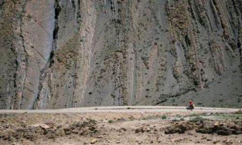 Zdjecie TYBET / Tybet / Na północ od przełęczy Pang  / Podjazd na przełęcz Pang
