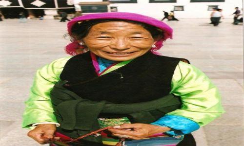 Zdjęcie TYBET / Lhasa / Lhasa / Tybetanka