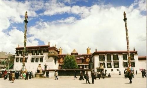 Zdjecie TYBET / Tybeta�ski Region Autonomiczny / Lhasa / Jokhang