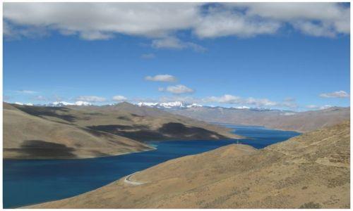 Zdjęcie TYBET / Tybet południowy / Kampa La / Góry, chmury...i Jamdrok Tso