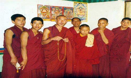 TYBET / Tybet Południowy / brak / Tybetańscy adepci