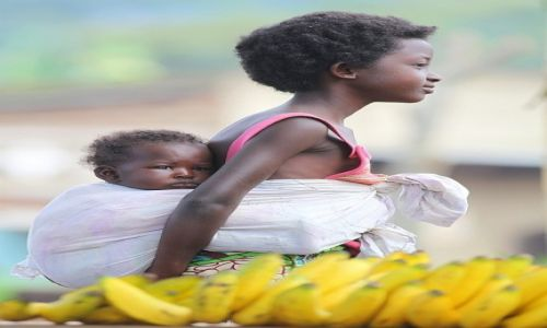 Zdjęcie UGANDA / Kenyoyo / Fort Portal / Siostry