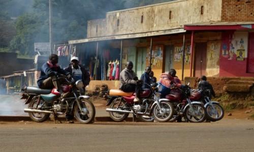 Zdjecie UGANDA / Park Narodowy Elgon / Mbale / Na miejsca... G