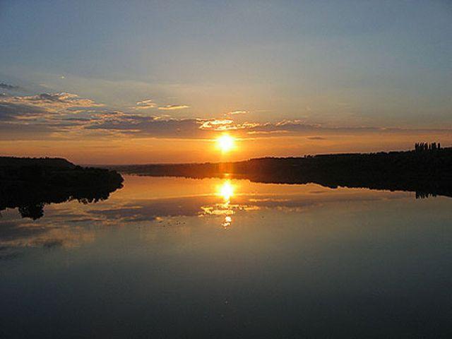 Zdjęcia: Karpaty, Bukowina, zachód słońca nad Dniestrem, UKRAINA