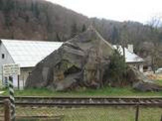 Zdjęcia: Jamna, Karpaty, kamień Dowbusza, UKRAINA
