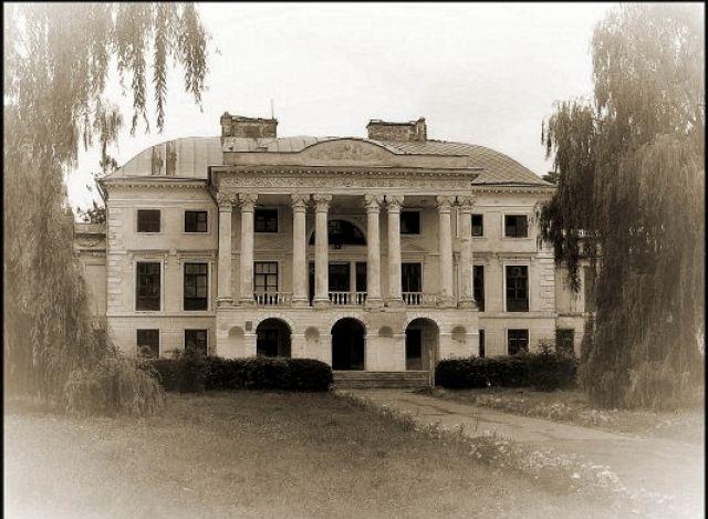 Zdjęcia: Woronowice, pałac morzajski, UKRAINA