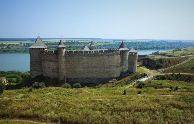 Zdjęcia: Zamek w Chocimiu, Czerniowce , Widok z wału, UKRAINA