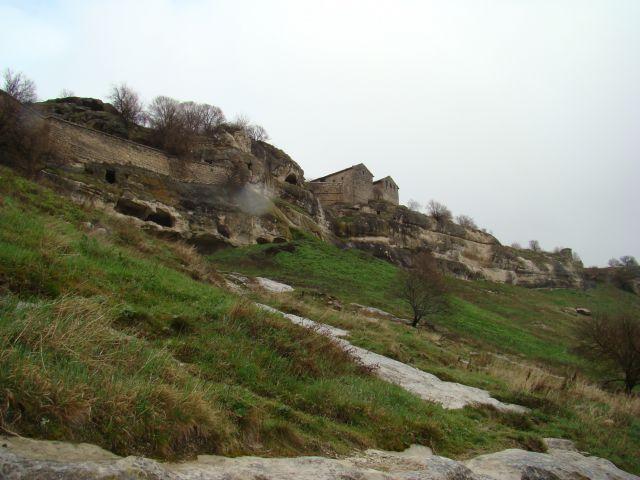Zdj�cia: CZUFUT-KALE, KRYM, Twierdza od strony Monastyru, UKRAINA