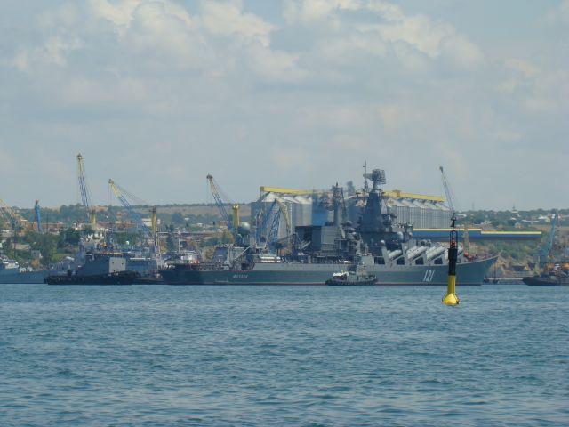 Zdj�cia: SEWASTOPOL - PORT, KRYM, Flota kt�rej nie mamy ( a oni tak ), UKRAINA