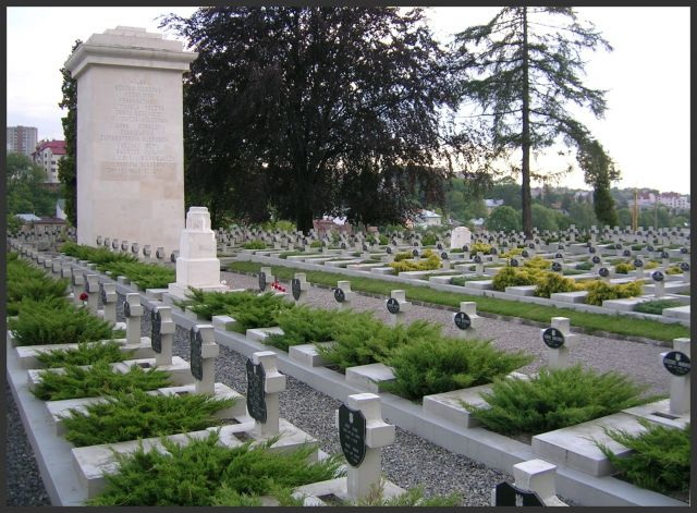 Zdjęcia: Lwów - Cmentarz Orląt, K r e s y, Niech śpią spokojnie..., UKRAINA
