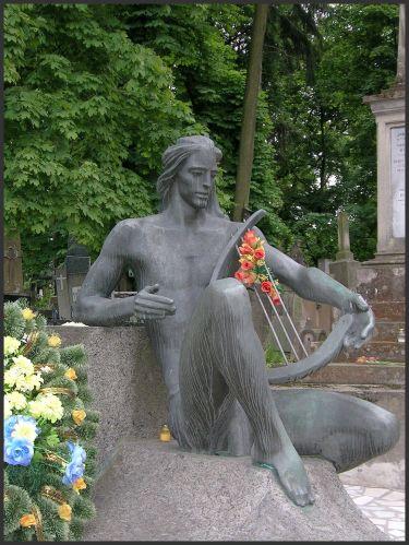 Zdjęcia: Lwów - Cmentarz Łyczakowski, K r e s y, Belle Apollo, UKRAINA