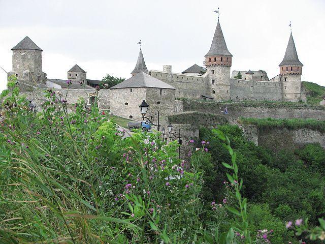 Zdj�cia: Kamieniec Podolski, w drodze na zamek, UKRAINA