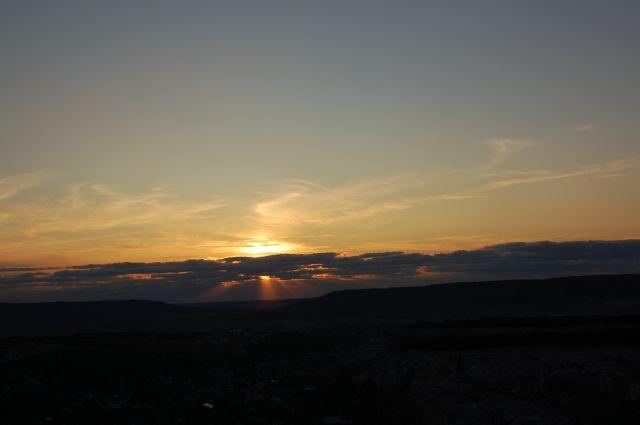 Zdjęcia: Bakczysaraj, Krym, Zachód słońca widziany ze skałek , UKRAINA