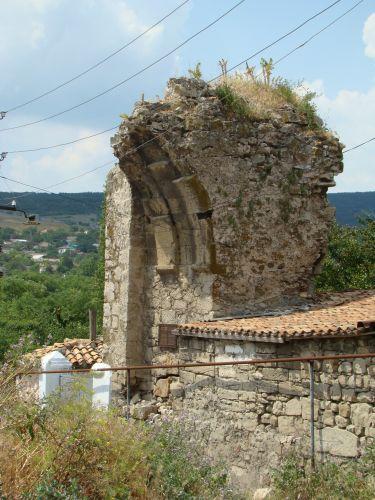 Zdjęcia: Teodozja, kRYM, Ruiny bramy twierdzy genueńskich, UKRAINA