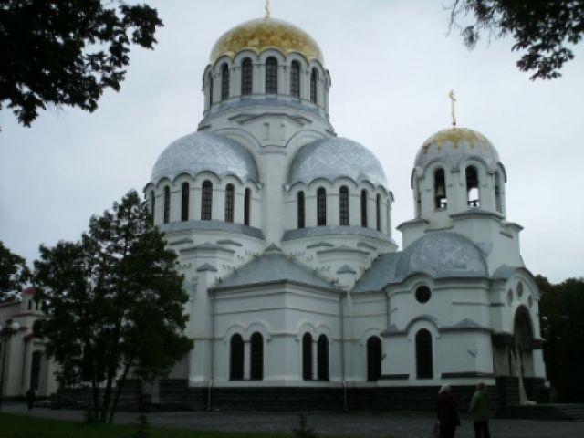 Zdjęcia: Blisko starego miasta w Kamieńcu Podolskim, Kamieniec Podolski, nowa cerkiew w Kamieńcu, UKRAINA