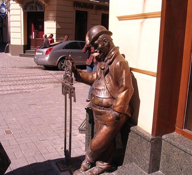 Zdjęcia: Lwów, Obwód Lwowski, Szwejk na ulicy Lwowa, UKRAINA