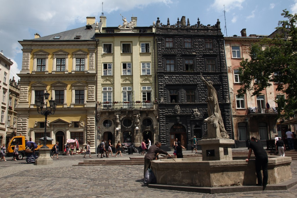 Zdjęcia: Lwów, Zachodnia Ukraina, Na rynku, UKRAINA