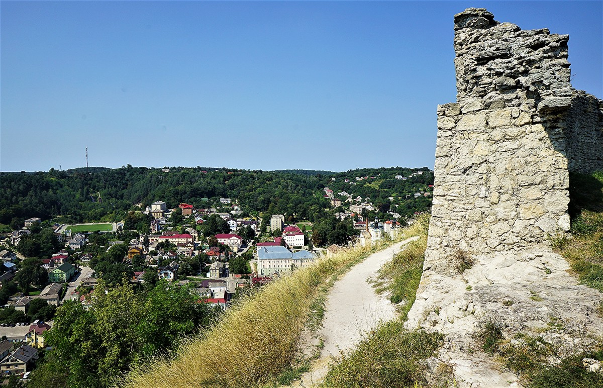 Zdjęcia: Góra królowej Bony, Obwód Tarnopolski, Ruiny zamku i widok na Krzemieniec, UKRAINA