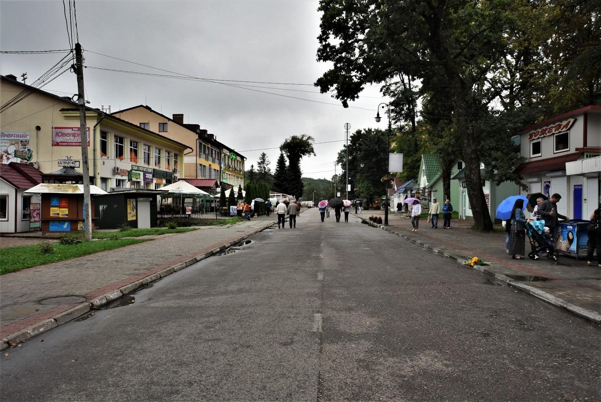 Zdjęcia: Morszyn koło Stryja, Obwód Lwowski, Morszyn, głowna ulica sanatorium, UKRAINA