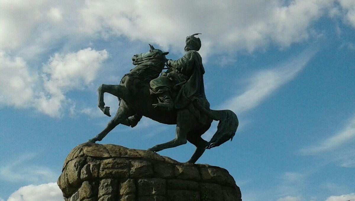 Zdjęcia: Plac Zofii, Kijów, Pomnik B. Chmielnickiego w Kijowie, UKRAINA