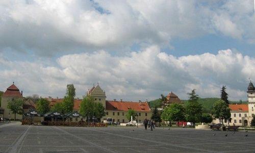 Zdjęcie UKRAINA / Lwowski / Żółkiew / zamek Sobieskich i ratusz