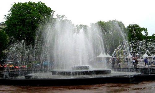Zdjęcie UKRAINA / Lwowski / Lwów / fontanny na Wałach Hetmańskich