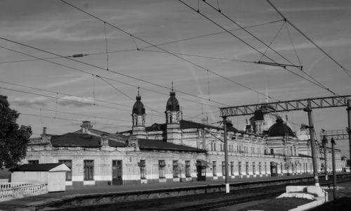 Zdjecie UKRAINA / - / Gdzieś między Symferopolem a Lwowem / Ukraiński dworzec nr 2