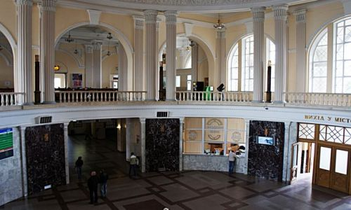 Zdjęcie UKRAINA / - / Odessa / Na dworcu kolejowym