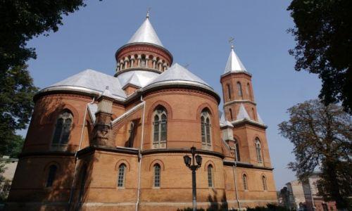 UKRAINA / Bukowina / Czerniowce / Kościół ormiański
