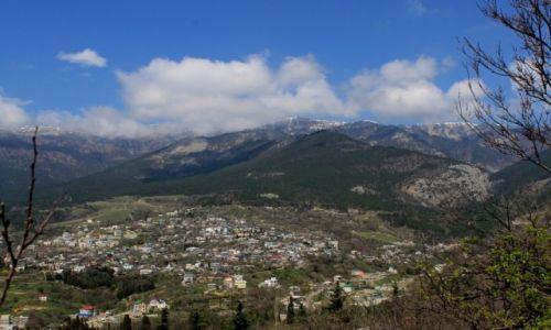 Zdjęcie UKRAINA / Krym / Jalta / Góry nad Jaltą w końcu kwietnia