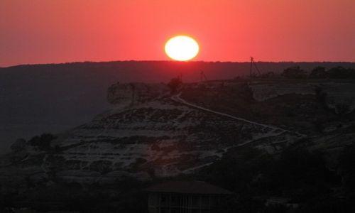 Zdjęcie UKRAINA / Krym / Bakczysaraj / zachód słońca