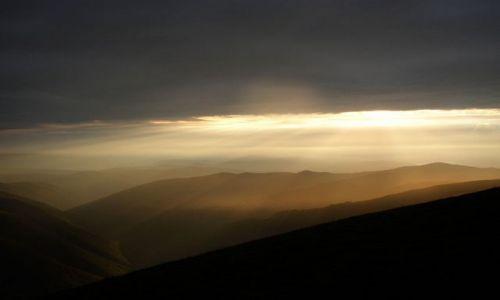 Zdjęcie UKRAINA / brak / Karpaty / zachód słońca