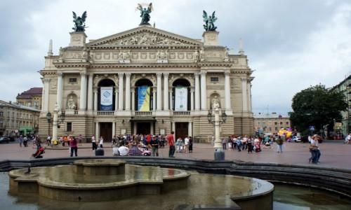 Zdjecie UKRAINA / Lwów / Prospekt Swobody, dawniej Wały Hetmańskie / Teatr Opery i Baletu