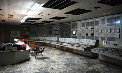 Zdjecie UKRAINA / obwód Kijowski / Czarnobylska Elektrownia Jądrowa / Sterownia energobloku w Czarnobylskiej Elektrowni Jądrowej