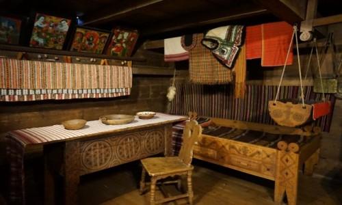 Zdjęcie UKRAINA / Obwód iwanofrankiwski / Kołomyja, Muzeum Huculskie / Izba
